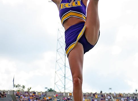 ecu_cheerleader