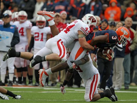Chris_Borland_Wisconsin_v_Illinois_BhP6VbkKrxRl.jpg