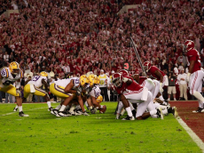 Sidline_picture_of_Alabama_vs_LSU_on_November_5th_2011