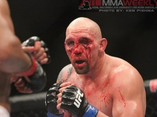 dos-santos-vs-carwin_0127_large