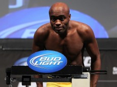 anderson silva bows on scale