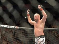tim boetsch celebrates win over brad tavares ufc fight night 47