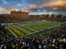 Oregon Plays Washington State at Autzen Stadium