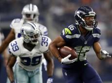 Nov 1, 2015; Arlington, TX, USA; Seattle Seahawks wide receiver Tyler Lockett (16) runs past Dallas Cowboys cornerback Brandon Carr (39) during the game at AT&T Stadium. Mandatory Credit: Kevin Jairaj-USA TODAY Sports