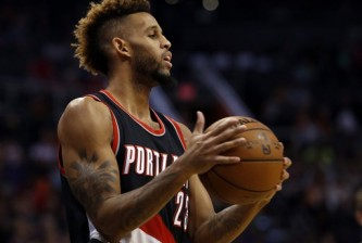 Portland Trail Blazers forward Allen Crabbe (23) in the first quarter during an NBA basketball game against the Phoenix Suns, Friday, Dec. 11, 2015, in Phoenix. (AP Photo/Rick Scuteri)
