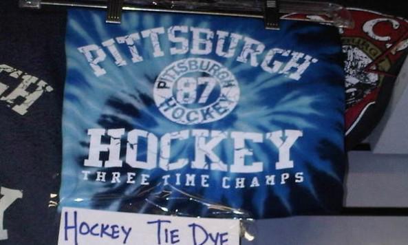 threetimepenshockeychampsflag