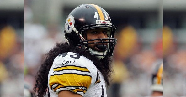 steelers_vs_buccaneerstroypolamalu