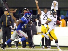 11.4.12.steelersgiants4mikewallace2
