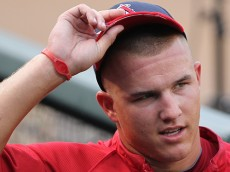 Mike_Trout_(5968461665)(2)