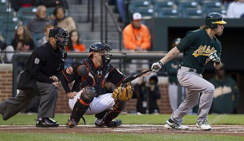 Josh_Reddick_on_April_27,_2012