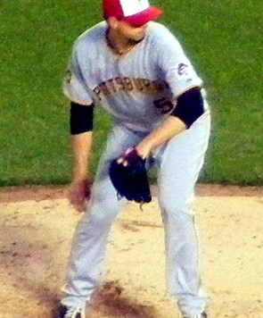 Charlie_Morton_on_May_30,_2011