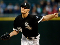 CHICAGO, IL - AUGUST 26:  Chris Sale #49 of the Chicago White Sox pitches against the Boston Red Sox during the first inning at U.S. Cellular Field on August 26, 2015 in Chicago, Illinois.  (Photo by Jon Durr/Getty Images)