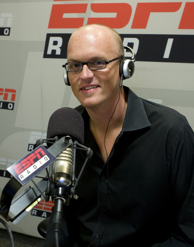 Scott Van Pelt Calls Out The Daytime Sportscenter