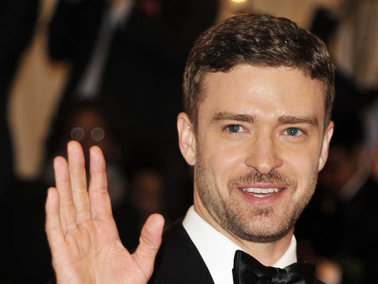 Justin Timberlake disses Donald Sterling at Billboard Music Awards