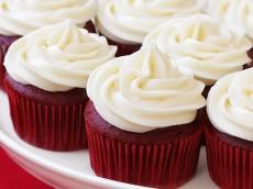 red-velvet-cupcakes1