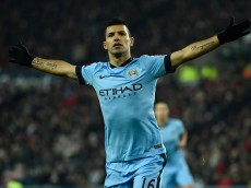SUNDERLAND, ENGLAND - DECEMBER 03:  Sergio Aguero of Manchester City celebrates after scoring during the Barclays Premier League match between Sunderland and Manchester City at Stadium of Light on December 3, 2014 in Sunderland, England.  (Photo by Mike Hewitt/Getty Images)