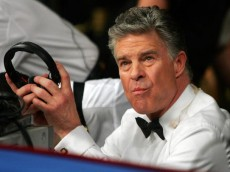 LAS VEGAS - JANUARY 20:  HBO boxing announcer Jim Lampley sits ringside after the Matthew Hatton of England and Frank Houghtaling IBF international welterweight title fight on January 20, 2007 in the Paris Ballroom at the Paris Hotel in Las Vegas, Nevada.  (Photo by Ethan Miller/Getty Images)