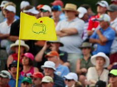 AUGUSTA, GA - APRIL 09:  Patrons watch the play during the first round of the 2015 Masters Tournament at Augusta National Golf Club on April 9, 2015 in Augusta, Georgia.  (Photo by Andrew Redington/Getty Images)