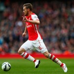 LONDON, ENGLAND - APRIL 26:  Aaron Ramsey of Arsenal in action during the Barclays Premier League match between Arsenal and Chelsea at Emirates Stadium on April 26, 2015 in London, England.  (Photo by Julian Finney/Getty Images)