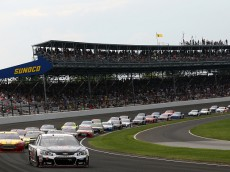 INDIANAPOLIS, IN - JULY 26:  Kevin Harvick, driver of the #4 Jimmy John's/Budweiser Chevrolet, leads the field during the NASCAR Sprint Cup Series Crown Royal Presents the Jeff Kyle 400 at the Brickyard at Indianapolis Motor Speedway on July 26, 2015 in Indianapolis, Indiana.  (Photo by Andy Lyons/Getty Images)