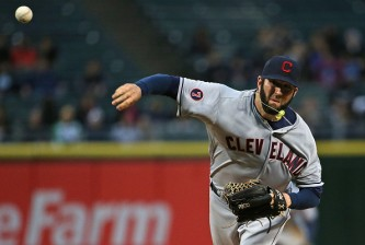 CHICAGO, IL - MAY 20:  Starting pitcher Shaun Marcum #38 of the Cleveland Indians delivers the ball against the Chicago White Sox at U.S. Cellular Field on May 20, 2015 in Chicago, Illinois.  (Photo by Jonathan Daniel/Getty Images)