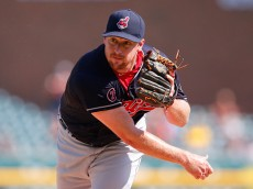 DETROIT, MI - SEPTEMBER 6: Bryan Shaw #27 of the Cleveland Indians pitches during in the eight inning of the game against the Detroit Tigers on September 6, 2015 at Comerica Park in Detroit, Michigan. (Photo by Leon Halip/Getty Images)